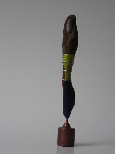 Elegance (hout ijzer steen hoogte ca 25 cm)