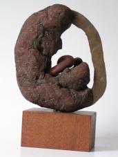 Embriejoo (hout en ijzer hoogte ca 25 cm)