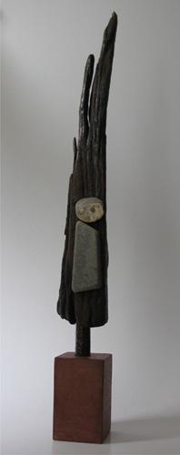 Janneke (hout en steen hoogte ca 60 cm)